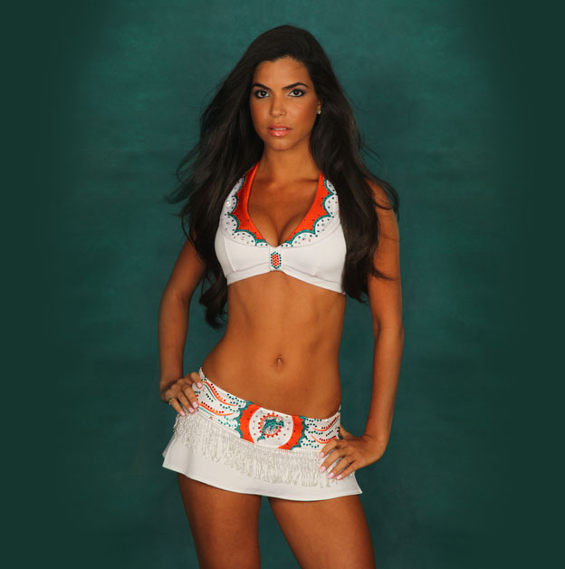 10 Idelys Miami Dolphins Cheerleader (Hottest NFL Cheerleaders of 2012)