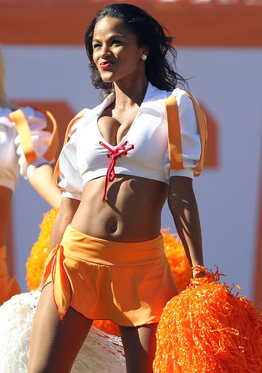 15 Geneva Tampa Bay Buccaneers Cheerleader (Hottest NFL Cheerleaders of 2012)