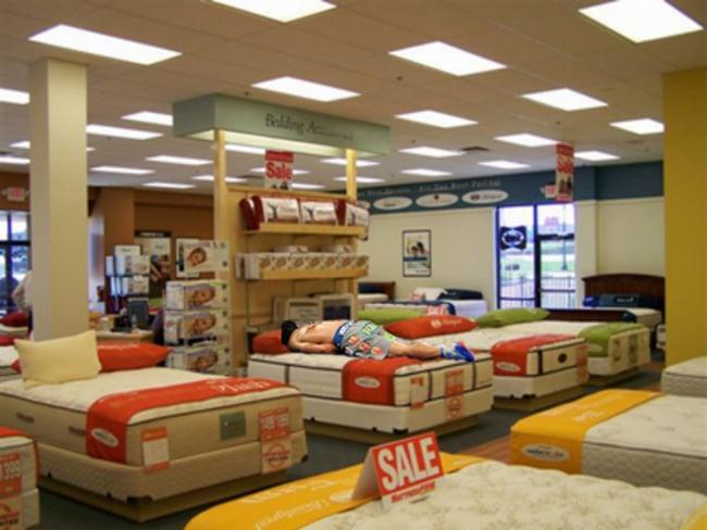 16 manny pacquiao mattress store meme