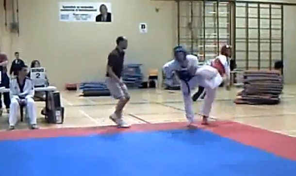 awesome amateur spinning back-heel taekwondo knockout