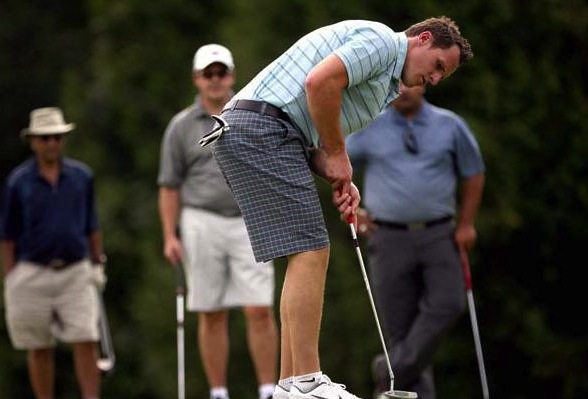 dion phaneuf playing golf