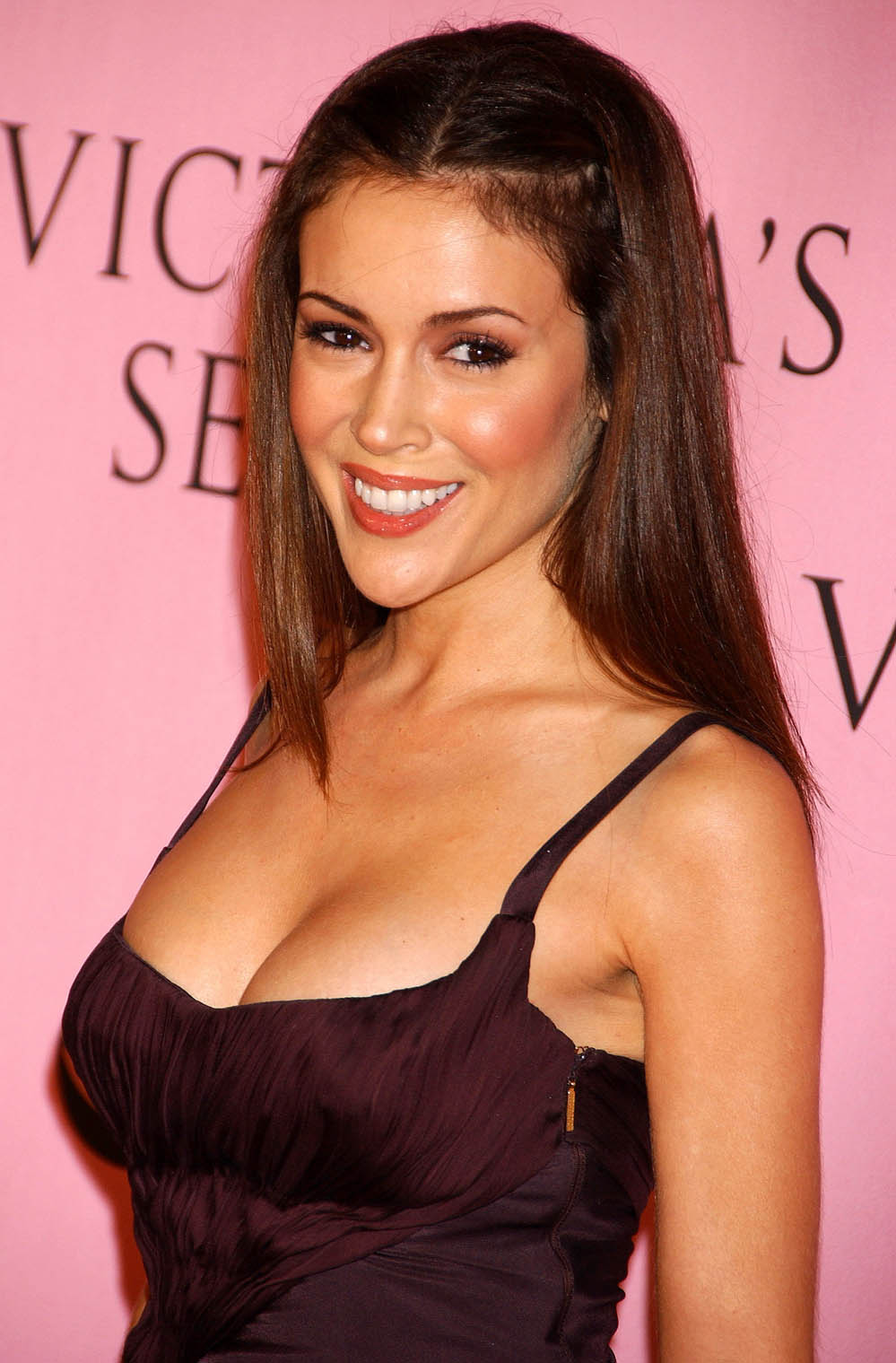 12 alyssa milano (wayne mcbean) - hottest nhl celebrity wags of all time