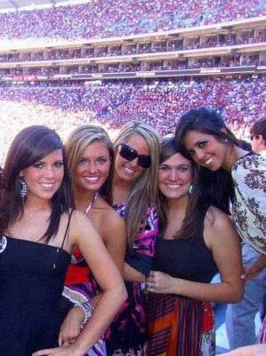 16 group of hot alabama crimson tide fans