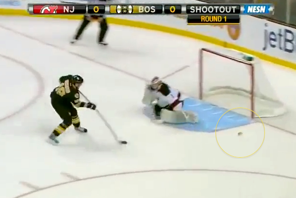 bruins fan throws hot dog on ice during shootout 3