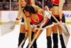 http://www.totalprosports.com/wp-content/uploads/2013/01/chicago-blackhawks-ice-girls-7-342x400.jpg