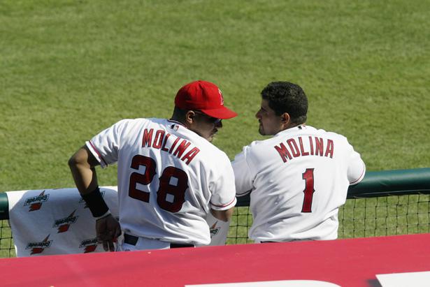 jose-molina-and-bengie-molina-baseball-brothers-same-team
