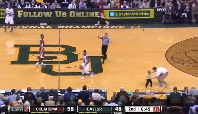 kid runs on court at baylor game
