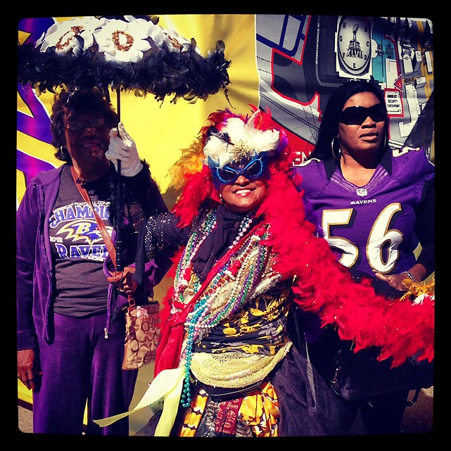 10 ravens fan mardi gras costume - crazy super bowl xlvii fans
