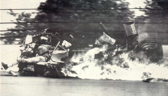 10. gordon smiley crash indy 500 1982