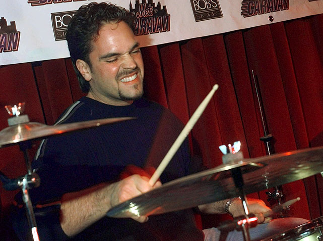 11 mike piazza playing drums - athletes who were musicians