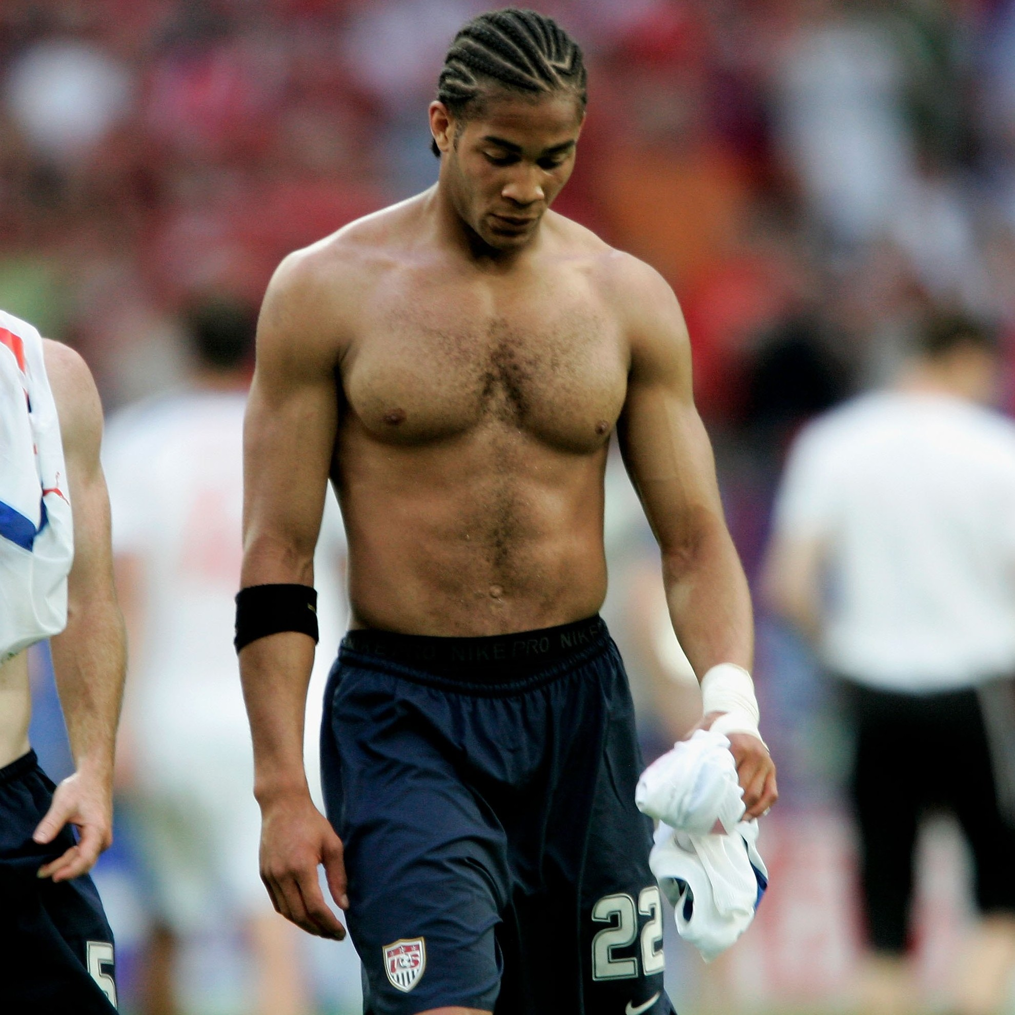 11-oguchi-onyewu-fittest-bodies-in-sports