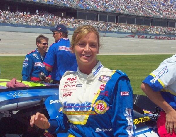 15 shawna robinson - female NASCAR drivers