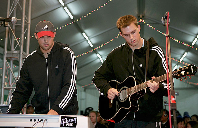19 bob bryan keyboard and matt bryan guitar - athletes who were musicians