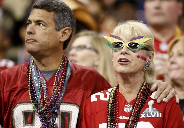 21 crazh glasses 49ers lady - crazy super bowl xlvii fans