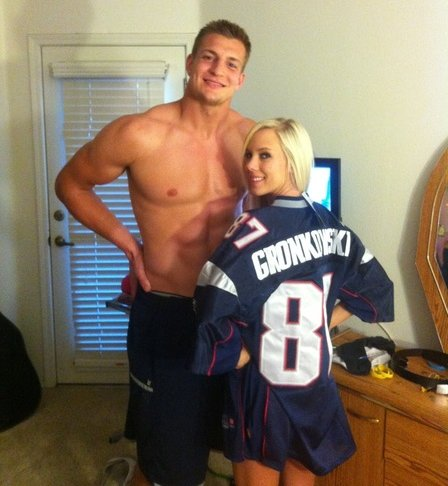 25 rob gronkowski - fittest bodies in sports