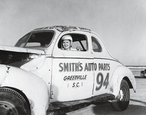 3 Louise Smith - female NASCAR drivers