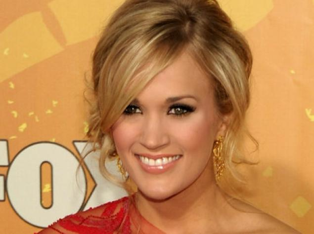 8 carrie underwood (tony romo girlfriend) - biggest ladies men in sports