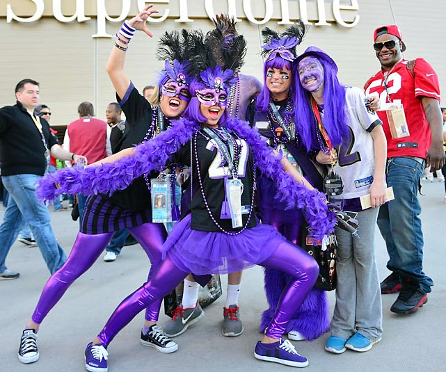 8 ravens bird girls - crazy super bowl xlvii fans
