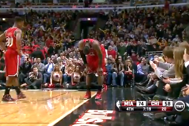 bulls fans cheer lebron injury