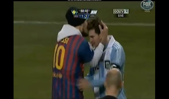 lionel messi fan kiss