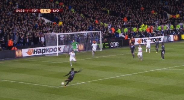 umtiti goal europa league lyon vs. tottenham