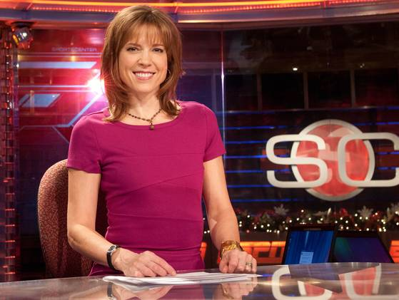 14 hannah storm - most popular female sports reporters on twitter
