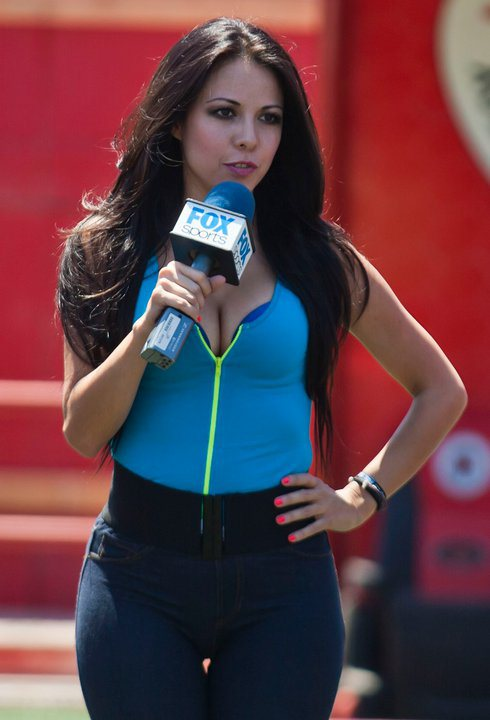 4 jimena sanchez - most popular female sports reporters on twitter