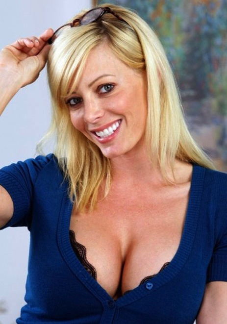 7 holly sampson - tiger woods mistress