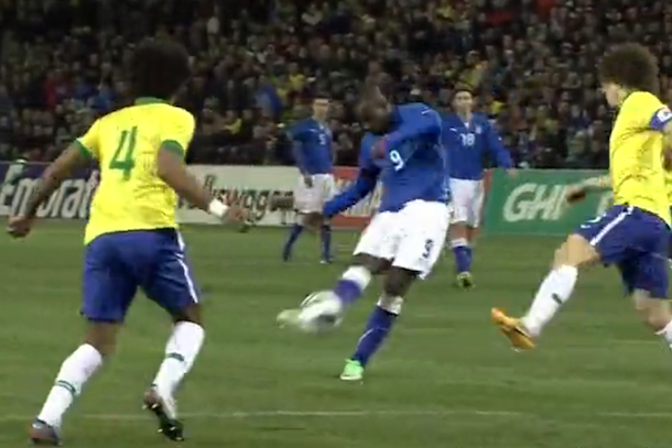 beautiful goal mario balotelli italy vs brazil