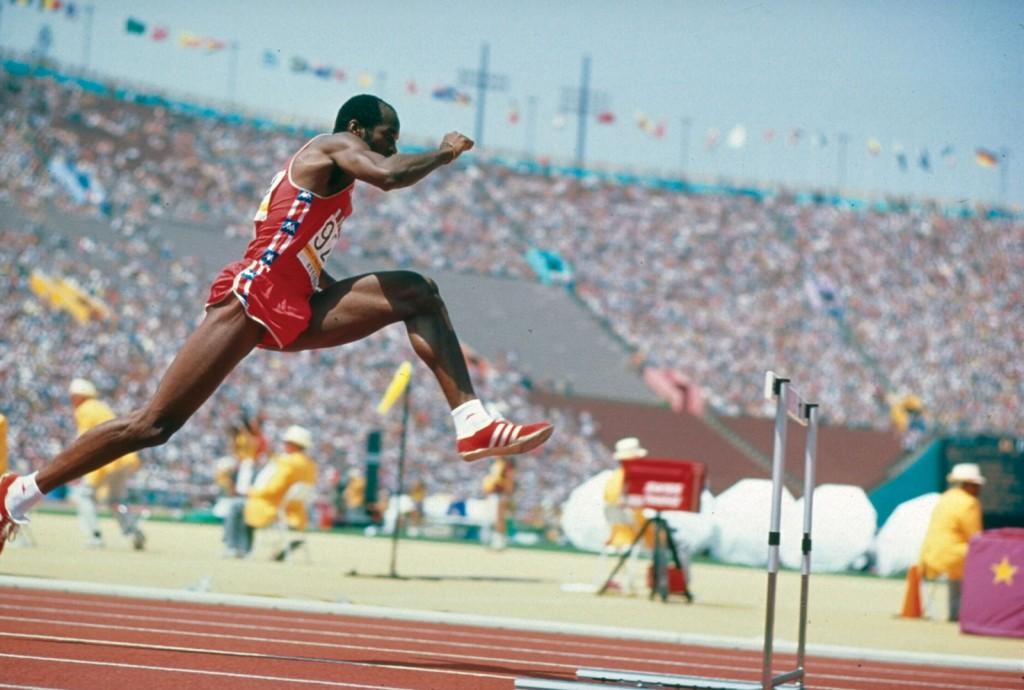 edwin moses hurdles - impressive winning streaks