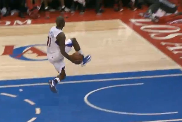 jamal crawford amazing alley-oop pass to blake griffin