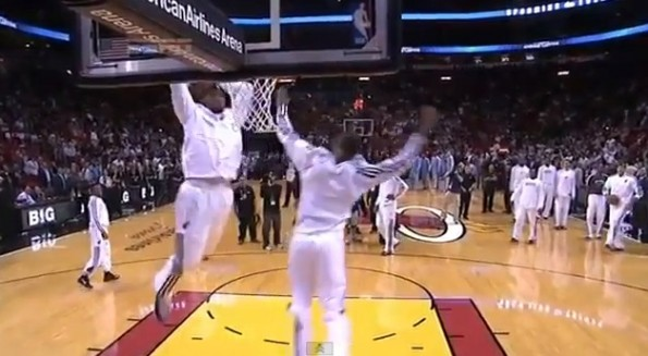 lebron james pregame warmup dunk