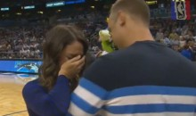 Dude Proposes to Girlfriend at Halftime of Orlando Magic Game (Video)