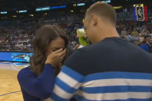 orlando magic fan proposed to girlfriend at game