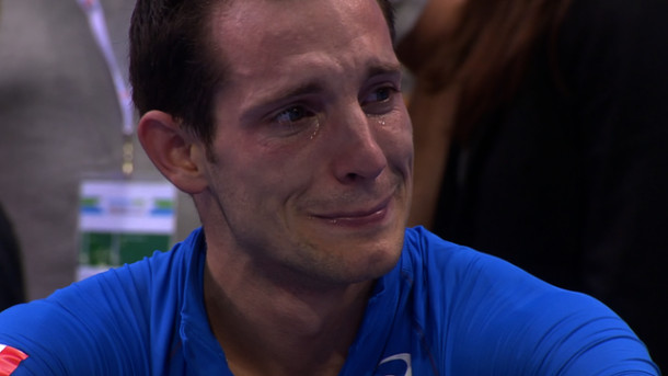 pole vaulter renaud lavillenie crying