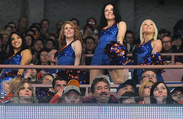 15 edmonton oilers ice girls - nhl ice girls and cheerleaders 2013