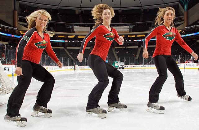 19 minnesota wild ice girls - nhl ice girls and cheerleaders 2013