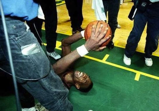 6 dikembe mutumbo 1994 nuggets upset sonics - biggest nba playoff upsets