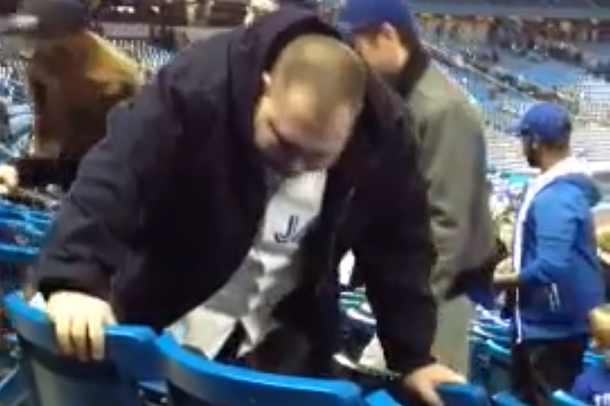 jays fan barfing on seats