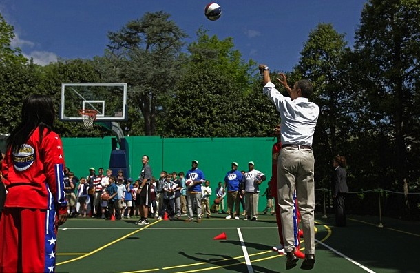president obama playing basketball