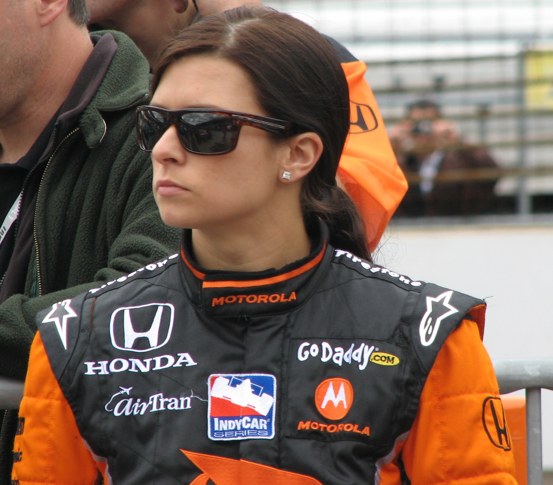 10 danica patrick 2009 indianapolis 500 - greatest moments in indy 500 history