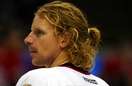 30 daniel alfredsson ponytail - classic hockey hair
