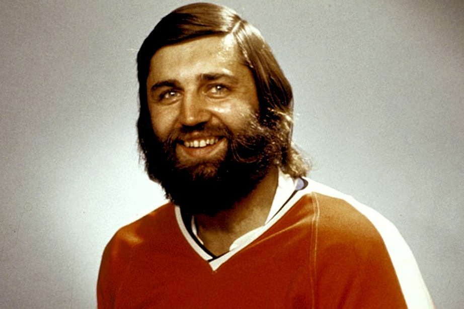 9 bill flett combover - classic hockey hair