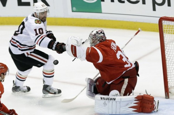 jimmy howard vs. blackhawks