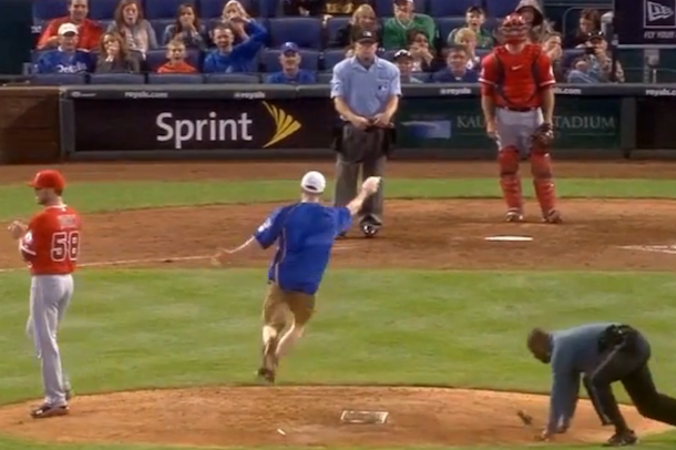 Royals Fan Runs Onto Field And Steals Rosin Bag From