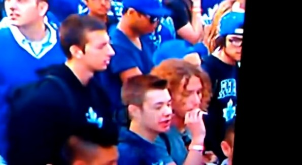 leafs fan smoke joint
