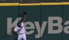 Miguel Cabrera Pop Fly Hits Michael Bourn's Glove and Goes Over the Wall for a Home Run (Video)