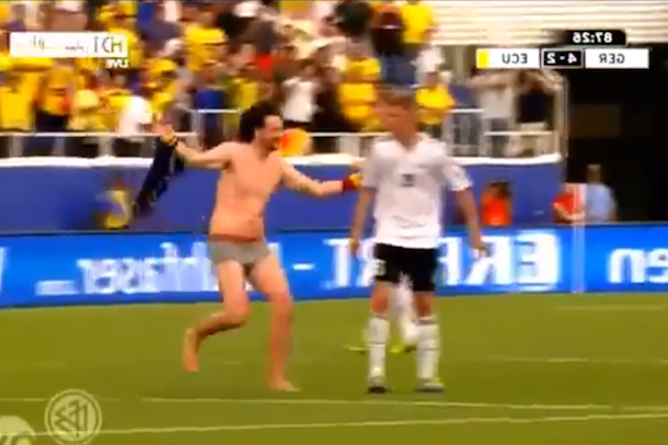 streaker germany ecuador soccer game