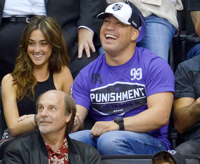 15 tito ortiz and mystery woman at western conference finals - celebs at stanley cup playoffs