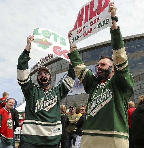 18-wild-fans-fake-beards-crazy-nhl-fans-stanley-cup-playoffs